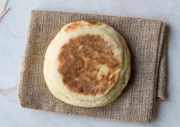 Gelsin Yumuşacık Ekmekler: Bazlama Tarifi
