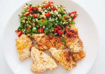 Ilık Buğday Salatası ile Limonlu Tavuk