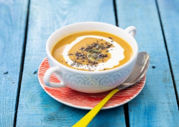 İçinizi Isıtır: Kabak Çekirdekli Balkabağı Çorbası