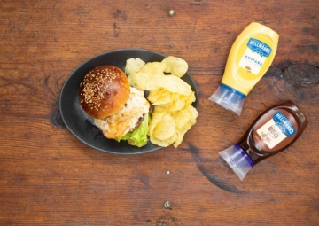 Peynir Soslu Burger