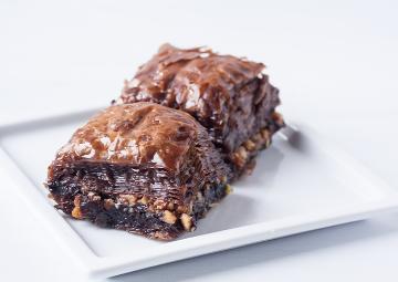 Hem Geleneksel Hem Çok Trend: Çikolatalı Baklava Tarifi