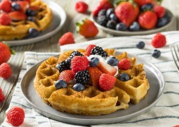 Bol Malzemeli Sunumuyla Tatlı Krizine Birebir: Waffle Tarifi