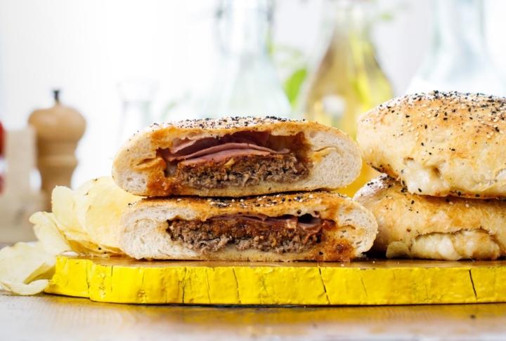Ekmek Hamurunda Dev Hamburger