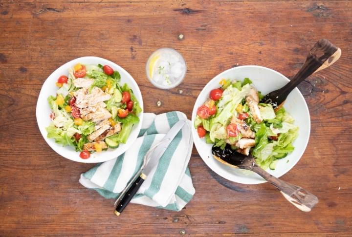 Protein Dolu Izgara Tavuklu Salata