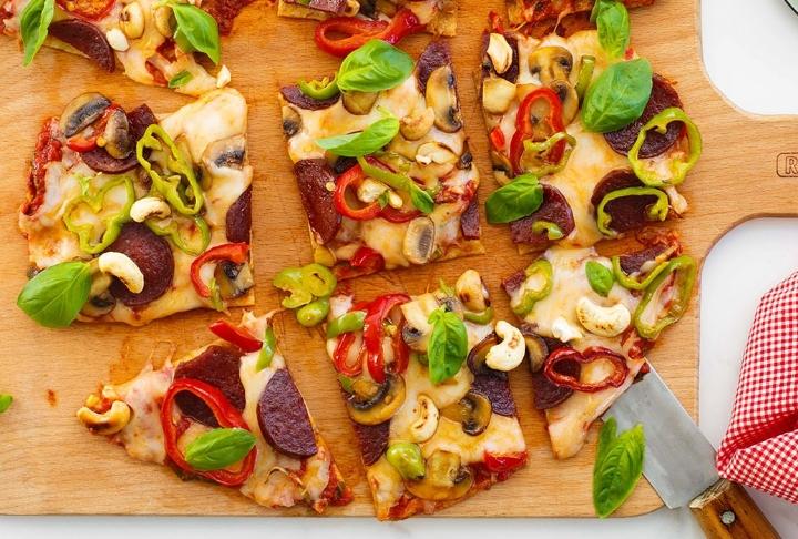 Lavaş Pizza Tarifi