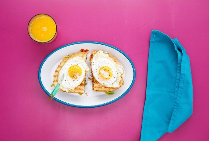 Sebzeli Yumurtalı Tost