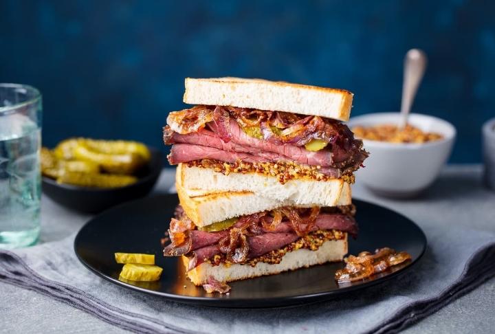 Steak Sandviç