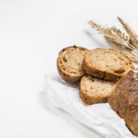 Evde Ruşeymli Ekmek
