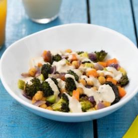 Hafif Beslenmek İsteyenlere: Tahinli Veggie Bowl