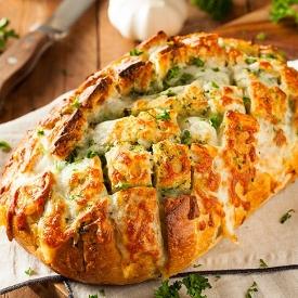 Kahvaltıların Yıldızı Olacak: Peynirli Puf Ekmek Tarifi
