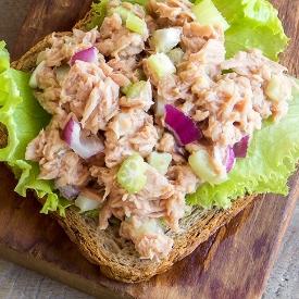 Öğün Kurtarıcı: Mayonezli Ton Balığı Salatası Tarifi