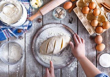 Evde Ekmek Yapımı Tarifi, Tüm Püf Noktaları ve Kolay Ekmek Yapımı Rehberi: Fırından Çıkmış Gibi!