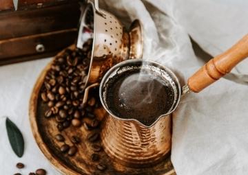Kırk Yıllık Hatırın Sahibi: Türk Kahvesi