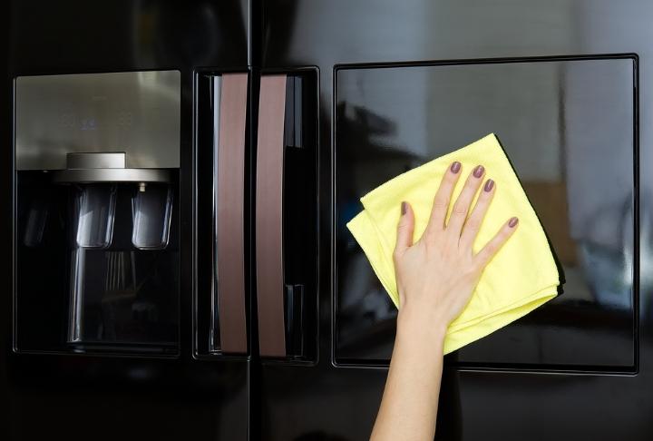 Pratik Buzdolabı Temizliği: 5 Adımda Buzdolabı Nasıl Temizlenir?