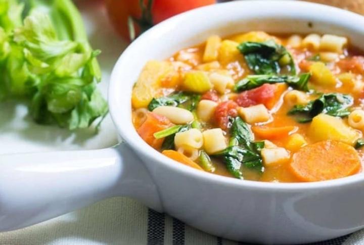 Kış İçin Doyurucu Çorbalar: Hearty Soup nedir?
