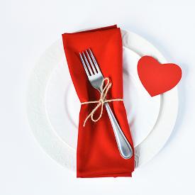 Sevgililer Günü Masası: Evde Hazırlayabileceğiniz Romantik Tarifler