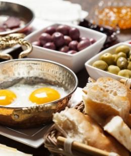 Sahurda Ne Yemeli: Kahvaltı Önerileri